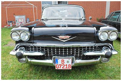 Cadillac Fleetwood 75 Series