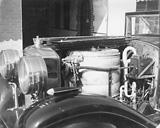 Der Flash-Steamer war das Herzstück des Wagens. Der relativ kleine Boiler versorgte den Motor an der Hinterachse mit Dampf.