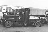 Viele LKW wurden mit Holzgasanlagen ausgerüstet