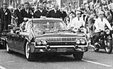 Kennedy, Brand und Adenauer im offenen Lincoln