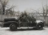 Die Feuerwehr am Hamburger Millerntor auf Lohner-Porsche